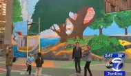 "Worlds Largest 3D Mural ""Celebrate The Heroes of Our City"" – TV"